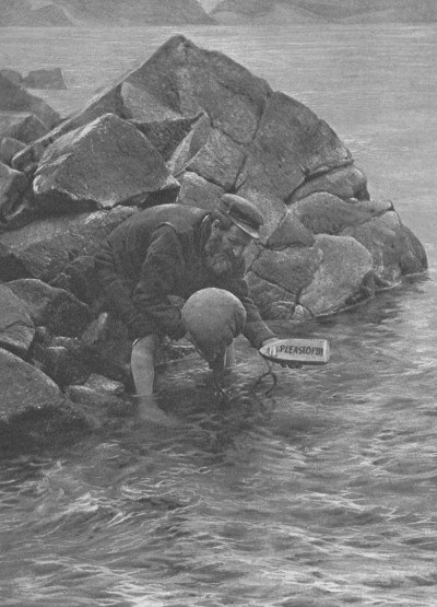 St. Kilda mailboat being set adrift