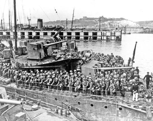 Troop Ship in Dover 1914 Photo from Dover Museum.jpg